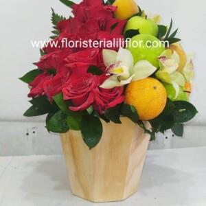 Ramo frutero redondo rosas y orquídeas