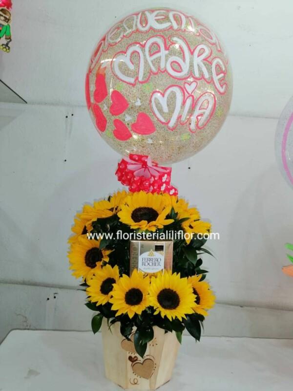 Ramo en girasoles chocolates Ferrero y globo burbuja personalizado